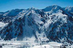 Top 6 Ski Resorts in the U.S