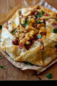 cajun mac and cheese rustic tart www.climbinggriermountain.com