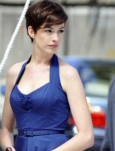 Anne Hathaway Hair