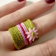 crochet ring. very cute. Hippie romantic relaxed style