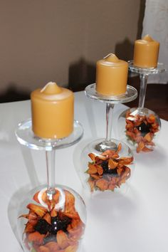 Looking for that nice and easy fall centerpiece? These recycled wine glasses are so pretty and easy to make, and look fantastic on your Thanksgiving table! Wine Glass Centerpieces, Diy Centerpieces, Table Decorations, Thanksgiving Centerpieces, Thanksgiving Table, Christmas Tables, Holiday Tables, Wine Glass Crafts, Fall Candles