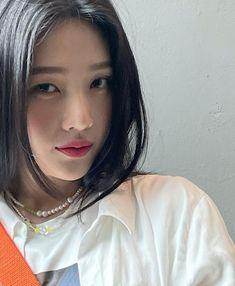 Fotoğraf - Google Fotoğraflar Seulgi, South Korean Girls, Korean Girl Groups, Joy Instagram, Park Sooyoung, The Love Club, Red Velvet Joy, Height And Weight, Korean Singer