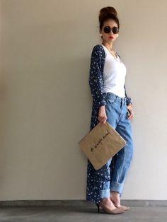 少しアンティークな色合いが可愛い ブルーカラーの小花柄マキシ丈カーディガン シンプルなリブタンク×ゆ Denim Fashion, Girl Fashion, Womens Fashion, Japanese Fashion, Japanese Style, Get The Look, How To Make, How To Wear, Outfits