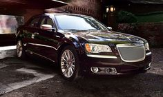 #Chrysler300,the rear-wheel-drive sedan with blocky styling  http://www.thecanadianwheels.ca/