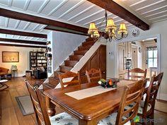 Maison vendu St-François, immobilier Québec | DuProprio | 484719 Cottage, Cozy House, Decoration, New Homes, Dining Room, How To Plan, Furniture, Live, House 2
