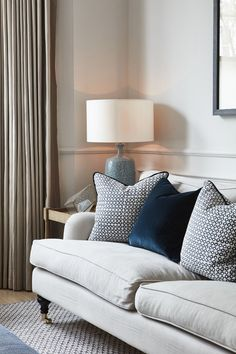 Home Decor Styles .Home Decor Styles Design Living Room, New Living Room, Living Room Interior, Home And Living, Living Room Country, Blue Living Room Decor, Victorian Living Room, Elegant Living Room, Style At Home