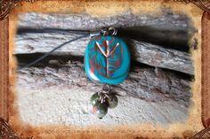 """Porte-clé runique porte-bonheur """"Eolh"""", de couleurs vert et cuivre : Porte clés par freyja-s-faeries"""