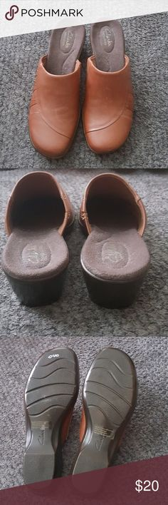 97a202cae83a Clark s Tan Mule Slip on Shoes Women s CLARKS red leather clogs mules slip  on shoes size