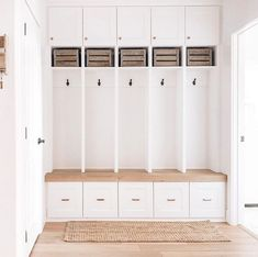Today on my stories, I'll be sharing a tour of my mudroom area at the old house! To all the mamas that can keep their lockers clean all… Interior Decorating, Interior Design, Decorating Ideas, Decor Ideas, Farmhouse Style, Coastal Farmhouse, Modern Farmhouse, Home Decor Inspiration, Decoration