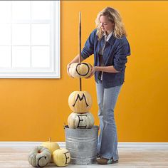 Pumpkin Tower - Create your own Halloween Welcome Sign - Click Pic for Tutorial - #halloween #party #decorations