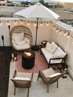 Small Patio Ideas Townhouse, Backyard Patio Designs, Backyard Pools, Backyard Ideas, Backyard Landscaping, Small Patio Design, Landscaping Ideas, Small Patio Ideas On A Budget, Backyard Projects