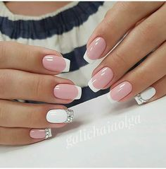 False nails have the advantage of offering a manicure worthy of the most advanced backstage and to hold longer than a simple nail polish. The problem is how to remove them without damaging your nails. Marriage is one of the… Continue Reading → Nail Designs Pictures, Cute Nail Designs, Bridal Nails, Wedding Nails, Wedding Art, Green Wedding, Gel Nail Art, Acrylic Nails, Coffin Nails