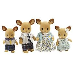 I love these Sylvanian families toys and I want all of them!