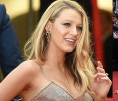 Blake Lively walked in wearing a broken-glass inspired gown by Atelier Versace and looked fab in it. The Gossip Girl stars shimmery outfit which she had teamed with Lorraine Schwartz jewellery was perfect for an event this big.Image courtsey: vi3k #Jewelexi #blakelively #cannes2016 #celebritybling #hollywoodjewelry #clebrityjewelry #diamondjewelry #gemstonejewelry #stylishjewelry #followus by jewelexi