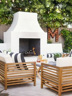Garden Design For Kids Outdoor Living Area Design Ideas.Garden Design For Kids Outdoor Living Area Design Ideas Backyard Fireplace, Backyard Patio, Modern Outdoor Fireplace, Fireplace Ideas, Outside Fireplace, Outdoor Fireplaces, Outdoor Fireplace Designs, Backyard Furniture, Modern Backyard