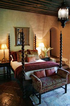 Check Out 21 Tuscan Bedroom Design Ideas That You Will Love. The goal in decorating a bedroom with Tuscan feel is basically two things – simple and uncluttered. Tuscan Style Bedrooms, Tuscan Style Homes, Spanish Style Homes, Tuscan House, Spanish Revival, Spanish Design, Old World Bedroom, Spanish Bedroom, Spanish Style Bedrooms