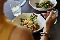 Here's how to sabotage your otherwise healthy choices. Foods To Avoid, Foods To Eat, Lentils Protein, High Protein Salads, New Recipes, Healthy Recipes, Superfood Recipes, Can I Eat, Nutrition