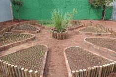 Vegetable or flower garden creations can take a lot of work. The raised bed garden will almost guarantee that your plants will be more gorgeous. Glass Garden, Herb Garden, Vegetable Garden, Garden Landscape Design, Garden Landscaping, Landscaping Design, Garden Care, Garden Beds, Raised Beds