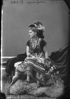 'Fancy Dress Balls': Get a load of this Victorian-era cosplay | Dangerous Minds