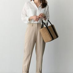 Woven Straw Round Handbag Rattan #gift #bag #dresses #accessories #rattan #handbag Summer Bags, Shoulder Handbags, Rattan, Straw Bag, Beachwear, Summer Outfits, Fashion Outfits, Clothes For Women, How To Wear