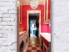 Way to snazz up a utility room!