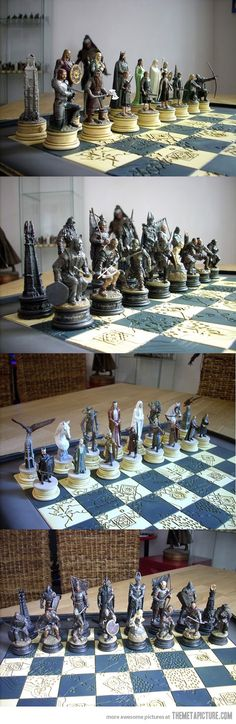 The Lord of the Rings Chess Set. MAJOR MAJOR MAJOR #WANT. This is the only thing that would make me play chess. :D