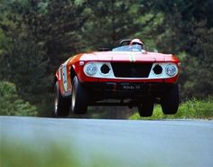 The tiny #Lancia Fulvia FM race-prepped by Claudio Maglioli jumping on #Nurburgring track in 1969