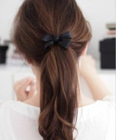 dirty hairstyles | Ponytail With Pretty Bow  6 Hairstyles for dirty hair