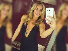 #Gilrs in #TightDress are my #favorite #place #woman #women #girl #beautiful #dress #vestido #curto #longo #festa #simples #casuais #preto #vermelho #branco #florido #decote #noite #menina #mulher #mulheres #bonitas
