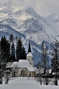 Werfenweng. Kirche Mariä Geburt