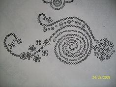 Embroidery : Kutch Work Designs-100_0150.jpg