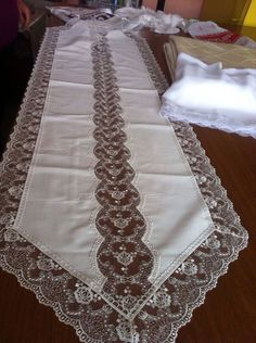 Crochet Tablecloth, French Lace, Chair Covers, Table Linens, Slipcovers, Table Runners, Doilies, Hand Embroidery, Kitchen Design