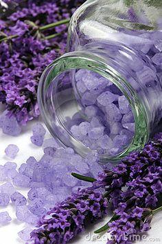 Ideas Wedding Table Centerpieces Purple Color Schemes For 2019 Lavender Color Scheme, Purple Color Schemes, Lavender Cottage, Lavender Blue, Lavender Fields, Lavender Ideas, Lavender Flowers, Lavender Decor, Rose Flowers