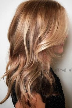 Nov 2019 - Balayage hair will refresh your look and fix some flaws in the appearance. Find out what balayage highlights will suit your hair length, type and texture. Soft Blonde Highlights, Caramel Highlights, Color Highlights, Dramatic Highlights, Strawberry Blonde Highlights, Light Brown Highlights, Golden Highlights, Hair Color Balayage, Ombre Hair