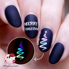 Rainbow Christmas! What's Christmas without a little glow, right? :-p I don't usually do abstract nail art designs because it doesn't always 'click' in my brain, but I have to say I like this one! There's a video tutorial too ofcourse