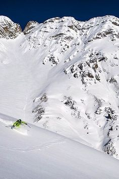 St. Anton am Arlberg in Austria is the Cradle of Skiing. The resort is famous for its regular snowfall and fresh powder throughout the season. | Travel Dudes #Austria #Skiing | St Anton am Alberg Wandern Visit Austria, Austria Travel, Europe Travel Tips, Us Travel, Austrian Ski Resorts, St Anton, Mountain Images, Adventure Aesthetic, Best Ski Resorts