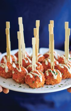 Slow Cooker Buffalo Chicken Meatballs   - CountryLiving.com