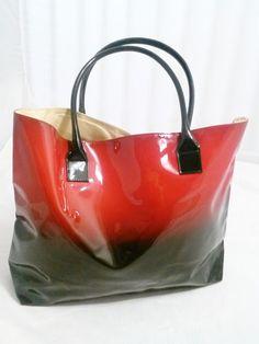 ELIZABETH ARDEN Shoulder Bag, Tote, Overnight Bag, Carry On, Red & Black