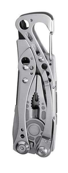 Leatherman••Skeletool, I have this :) check out the holster I made it on one of my other boards :)
