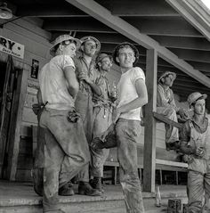 Shorpy Historic Picture Archive : Dam Workmen: 1942 high-resolution photo: Handsome and rugged, every last one of them.