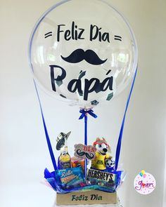 - Bag Tutorial and Ideas Happy Fathers Day Cards, Fathers Day Crafts, Candy Bouquet, Balloon Bouquet, Craft Gifts, Diy Gifts, Father's Day Celebration, Daddy Day, Balloon Gift