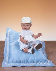 juanin-bebe-de-mariquita-perez-con-conjunto-cuadrille-blanco