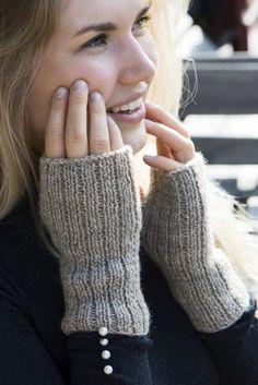 Martini, Fingerless Gloves, Arm Warmers, Haku, Google, Fashion, Fingerless Mitts, Moda, Fashion Styles
