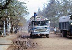 Xe đò Desoto Ngọc Minh tuyến Saigon Bình Định Quy Nhơn