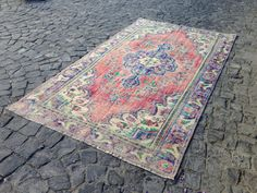 Area rug, Rug carpet, Turkish rug, Vintage area rug, Wool rug, Boho decor, Handmade rug !! 5'0'' x 8'8'' = 156 cm x 274 cm #KilimRug #AreaRug #BohoDecor #WoolRug #CarpetsRugsKilims #TurkishAreaRug #HandmadeRug #VintageAreaRug #MutedRug #OushakRugs Boho Decor, Bohemian Rug, Turkey Colors, Rugs On Carpet, Carpets, Sheep Wool, Turkish Kilim Rugs, Small Rugs, Rug Making