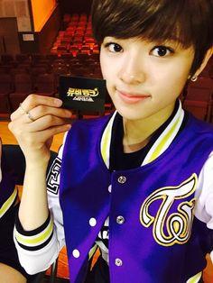 뮤비뱅크(@kbs2stardust)さん | Twitter Twice Jungyeon, Kpop, Twitter, Lady