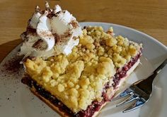 Fruity creamy cakes are my favorite. Streusel Blueberry Yoghurt torte or cake was baked often and eaten with an afternoon cup of coffee. Wild Oats, Oats And Honey, Dried Blueberries, Romanian Food, Cherry Tart, No Cook Meals, Macaroni And Cheese, Blueberry, Bakery
