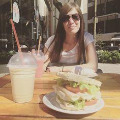 Almorzando con mi flaca