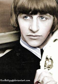 The The Beatles (Paul McCartney , Ringo Starr , John Lennon , George Harrison) Filming Ringo Starr, Liverpool, Great Bands, Cool Bands, The Beatles, Beatles Photos, Beatles Art, Richard Starkey, The Fab Four