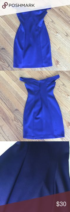 Perfect dress navy/plum color.Excellent condition Perfect dress navy/plum color.Excellent condition Tobi Dresses Mini